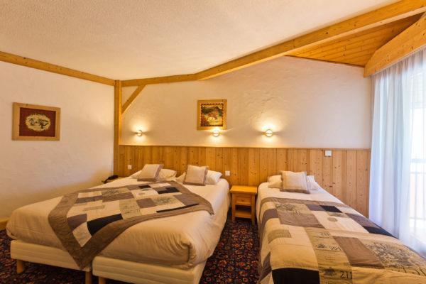 Chambre lit double et simple